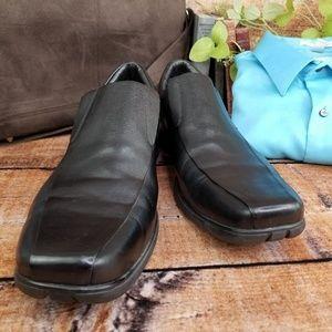 Cole Haan Men's Black Leather Loafer, EUC!